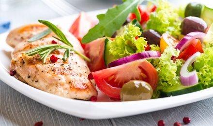 Вкусняшки от Шарлоты Моисеевны! Все меню кухни в кафе «Шарлотка» со скидкой 50%! Завтраки, закуски, салаты, супы, блюда из мяса и рыбы, итальянская страничка и многое другое