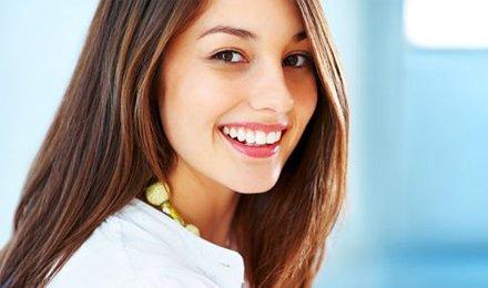 Твоя голливудская улыбка! Профессиональная ультразвуковая и Air-Flow чистка зубов в стоматологической клинике на Лукьяновке! Всего 99 грн. вместо 600!
