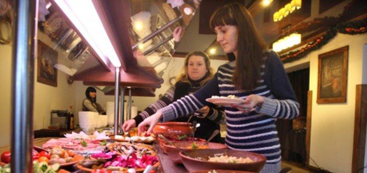 Отдых для двоих по системе All Inclusive в Пансионате «Славский»: питание и алкоголь, сауна, бильярд, гидромассаж и многое другое