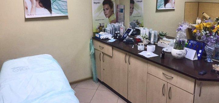 До 3 сеансов гиалуронопластики лица в косметологическом кабинете «Красотка»