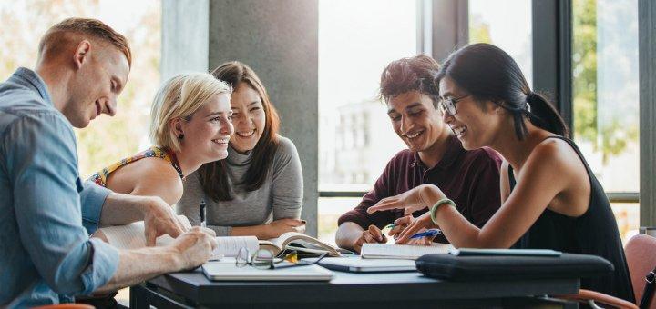 Безлимитный доступ к 6 языковым онлайн-курсам от образовательного центра «New Mindset»